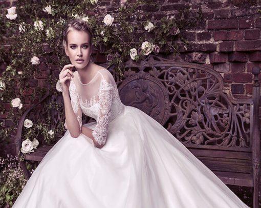 با لباس عروس خود، در مراسم خود بدرخشید