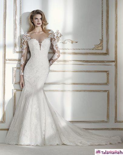 لباس عروس رویایی آستین بلند با آستین های توری بسیار زیبا. توری طراحی شده با گلهای گیپور. یک مدل بسیار مورد پسند برای عروس های جوان. ترکیب زیبایی بین گردن بند و آستین ها در این مدل ایجاد شده است. بدون شک، یک لباس رویایی و منحصر به فرد می باشد.