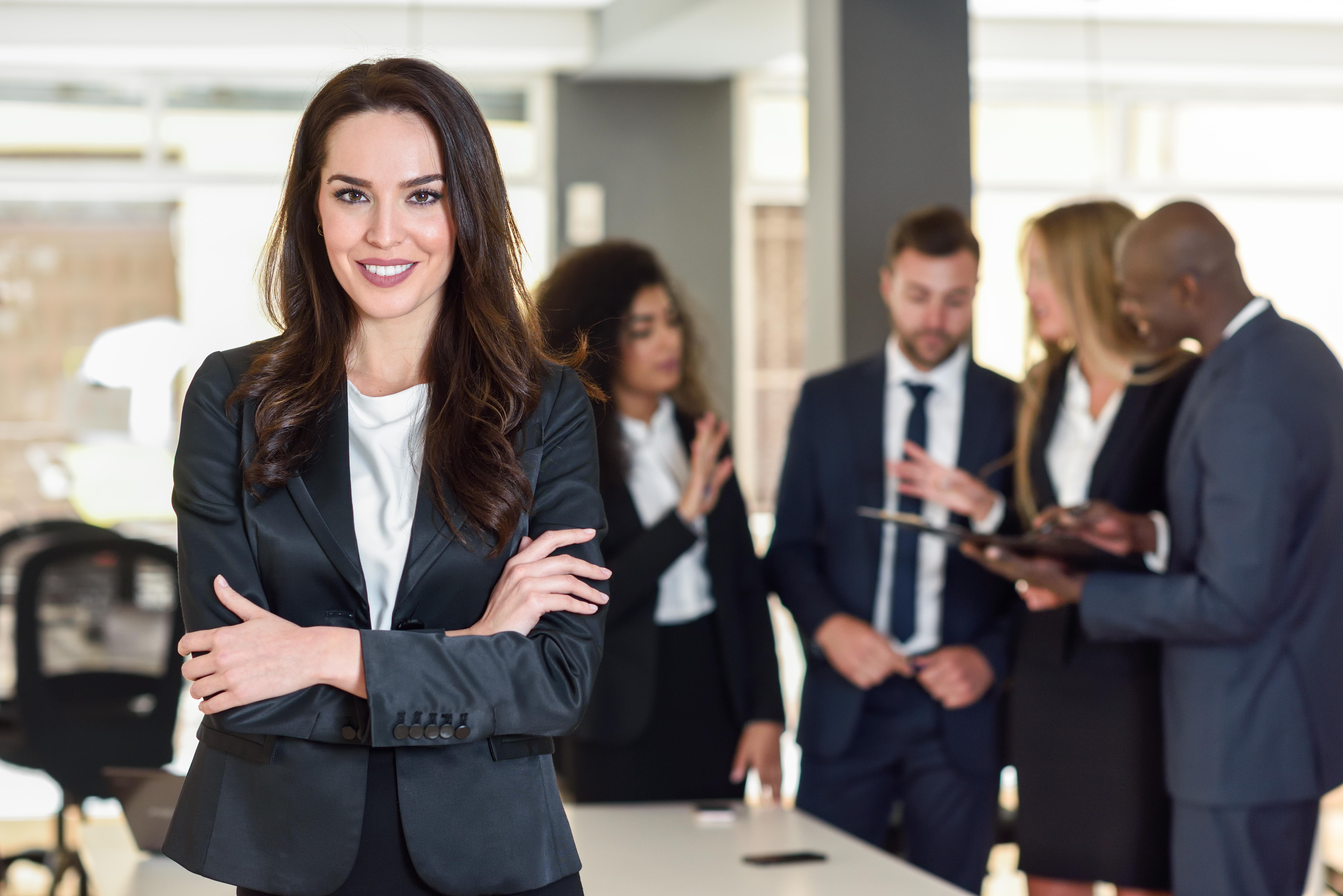 7 دیدگاه مختلف در رابطه با شاغل بودن زن