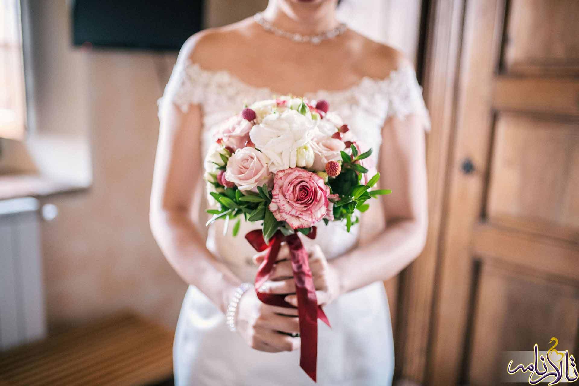 دسته گل عروس - دسته گل نامزدی - بهترین دسته گلهای عروسی