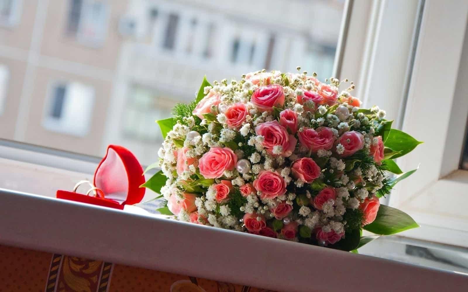 گل فروشی پونه اصفهان