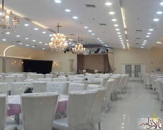 تالار پذیرایی قصر زمرد مشهد